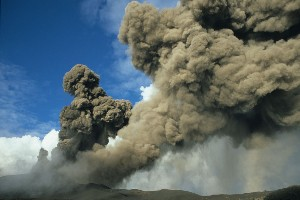 Etna Ash Cloud Eruption 2002