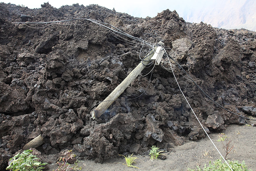 how to make a massive lava flow
