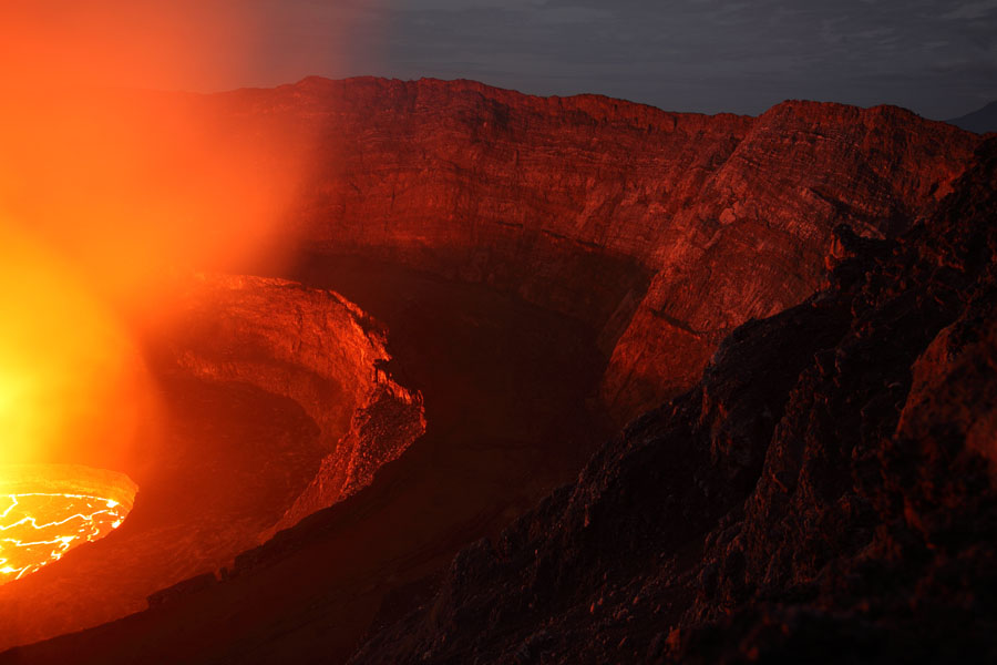 lava volcano nyiragongo volcano