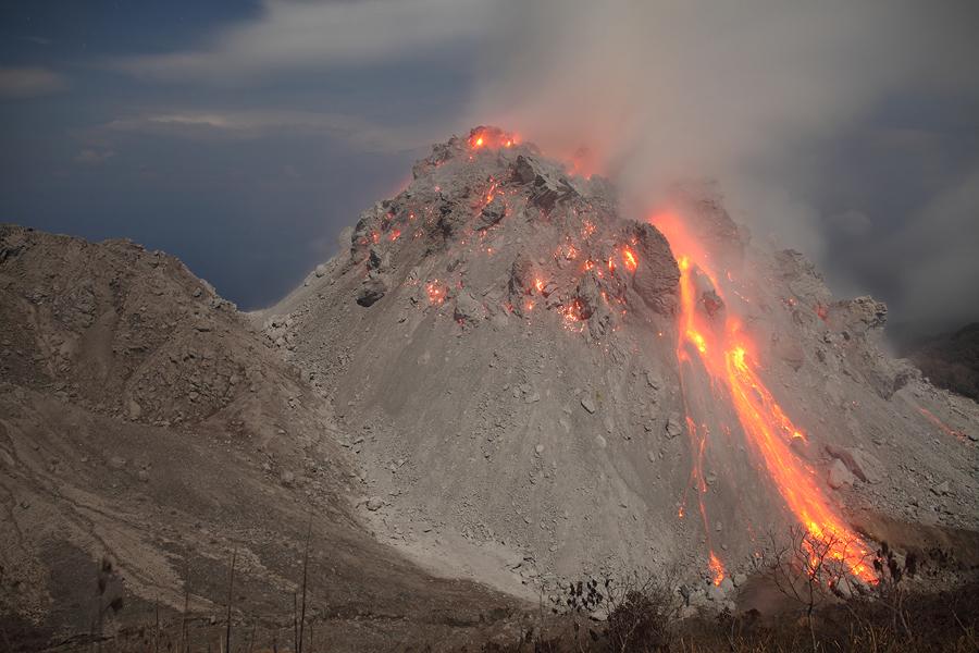 Paluweh Volcano  Rokatenda    Rerombola Lava Domes