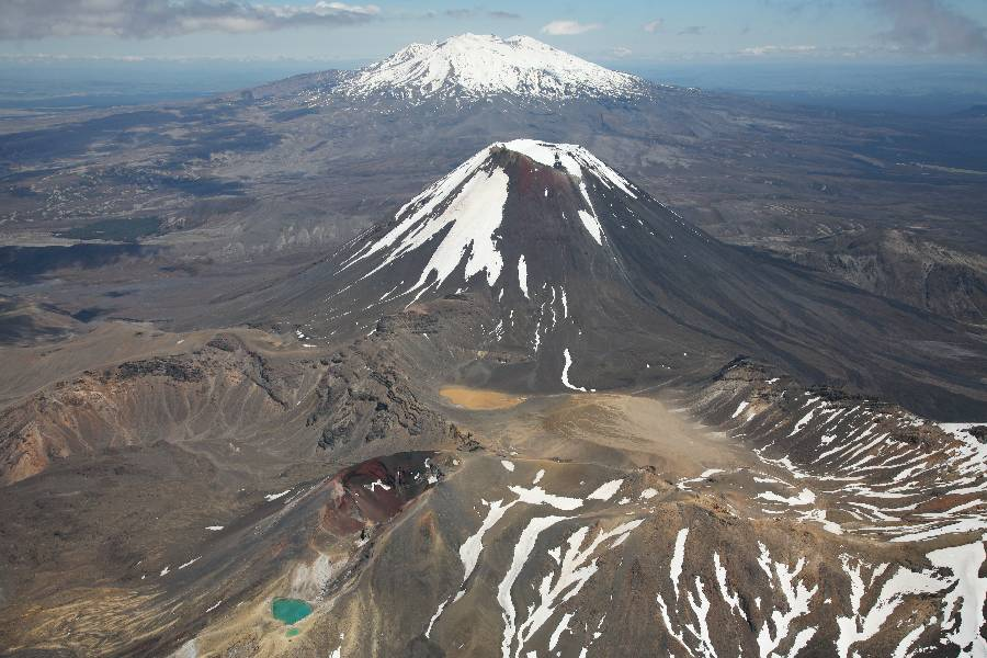 The Tongariro volcano has not erupted for over a 100 years - PhotoVolcanica